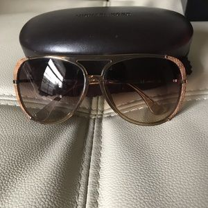Michael Kors Julia Aviator M2484S 259 sunglasses